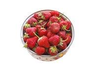 Ciotola di fragole fresche. fotografia stock