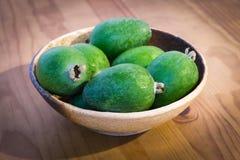 Ciotola di frutta di feijoa della Nuova Zelanda Fotografia Stock