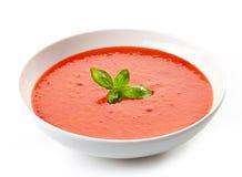 Ciotola di minestra del pomodoro con basilico Immagine Stock Libera da Diritti