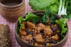 Ciotola di piatto messicano chili con carne Immagine Stock Libera da Diritti