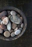 Ciotola di pietre Fotografia Stock Libera da Diritti