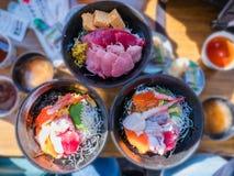 Ciotola di riso fresca dei frutti di mare & x28; Kaisen-indossi fotografie stock