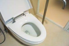 Ciotola di toilette Immagini Stock Libere da Diritti