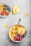 Ciotola sana della prima colazione fotografia stock libera da diritti