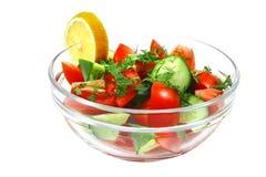 ciotola sopra bianco grezzo della verdura di insalata Fotografia Stock