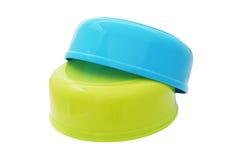 Ciotole di plastica dell'acqua Fotografia Stock