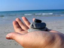 Ciottoli sulla spiaggia fotografia stock