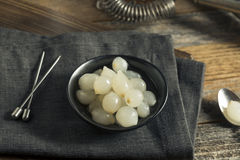 Cipolle bianche marinate organiche del cocktail Fotografia Stock Libera da Diritti
