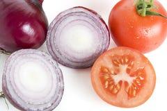 Cipolle rosse e pomodori Immagine Stock