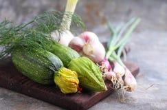 Cipolle verdi dello zucchini delle verdure Immagini Stock Libere da Diritti