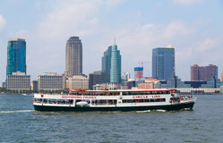 Circle Line Sightseeing Cruises Stock Photography