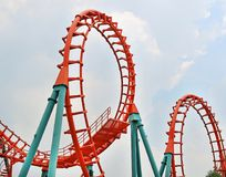 Free Circle Roller Coaster Track Royalty Free Stock Images - 113873429