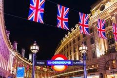 Circo de Piccadilly em Londres, Reino Unido, na noite Imagem de Stock