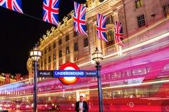 Circo de Piccadilly em Londres, Reino Unido, na noite Foto de Stock Royalty Free