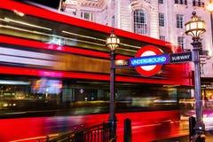 Circo de Piccadilly em Londres, Reino Unido, na noite Fotografia de Stock
