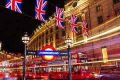Circo de Piccadilly em Londres, Reino Unido, na noite Imagens de Stock