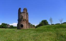 Circo di Massenzio dejó la torre, Appia Antica, Roma imagen de archivo libre de regalías