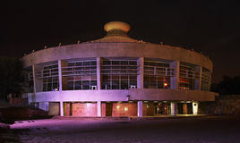 Circo en Almaty noche kazakhstan fotografía de archivo
