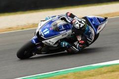Circuit de MUGELLO - 13 juillet : Ben Spies Yamaha emballant à la session de qualification de MotoGP Grand prix de l'Italie, le 1 Image libre de droits