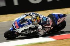 Circuit de MUGELLO - 13 juillet : Jorge Lorenzo d'équipe de Yamaha pendant la session de qualification de MotoGP Grand prix de l' Photographie stock
