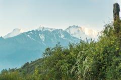 Circuit Népal Gosaikunda de Langtang de bâti Photo libre de droits