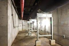 Circuito de agua del tubo en túneles Imágenes de archivo libres de regalías
