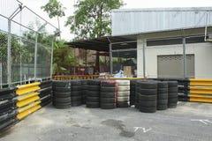 Circuito de carreras del motor en ciudad Fotografía de archivo libre de regalías