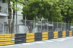 Circuito de carreras del motor en ciudad Fotografía de archivo