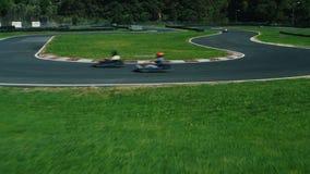 Circuito de carreras para competir con de Kart Tiro aéreo almacen de video