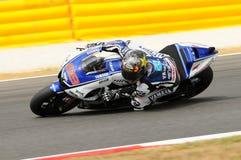 Circuito di MUGELLO - 13 luglio: Jorge Lorenzo del gruppo di Yamaha durante la sessione di qualificazione del Gran Premio di Moto Immagini Stock