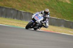 Circuito di MUGELLO - 13 luglio: Jorge Lorenzo del gruppo di Yamaha durante la sessione di qualificazione del Gran Premio di Moto Fotografia Stock