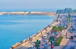 Circulación densa en la avenida de Corniche, Alexandría, Egipto Foto de archivo libre de regalías