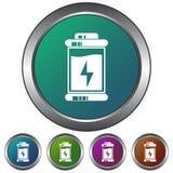 Circular, metálico, ícone da bateria do inclinação/botão Cinco variações da cor Isolado no branco foto de stock