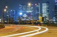 Circulation de nuit dans la ville Images stock