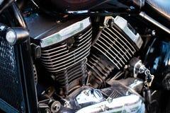 Circulez en voiture le détail de vélo - bloc moteur, pièces en métal de moto image libre de droits