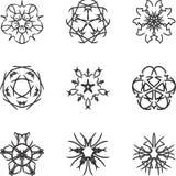Circunde o ornamento do laço, teste padrão geométrico decorativo redondo do doily, decoração do floco de neve do Natal, teste pad Fotos de Stock Royalty Free