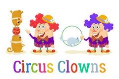 Circusclowns met Opgeleide Dieren Stock Foto
