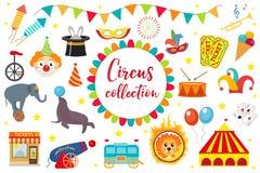 Circusinzameling, vlak, beeldverhaalstijl Reeks op een witte achtergrond wordt geïsoleerd die Uitrusting met olifant, tent, leeuw Stock Fotografie