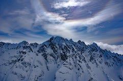 Cirkel över olympiska berg Royaltyfria Foton