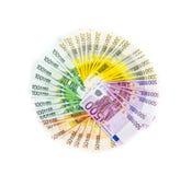 Cirkel av eurosedelpengar som isoleras på vit bakgrund _ Arkivfoto