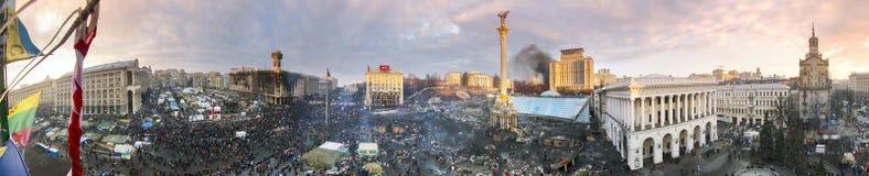 Cirkel 360 graden panorama van Maidan Stock Afbeeldingen