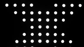 Cirkel witte lichten op zwarte achtergrond stock videobeelden