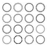 Cirkelbladramar Cirklade den runda ramen för blom- sidor, blommaprydnadcirklar och blommor gränsen isolerade vektoruppsättningen royaltyfri illustrationer