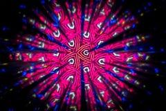 Cirkeldiebeeld met een caleidoscoop wordt gemaakt Weerspiegeling van lichten die beelden van fractal type produceert stock foto's