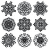 Cirkelgrå färger snör åt prydnaden, runt dekorativt Arkivbild