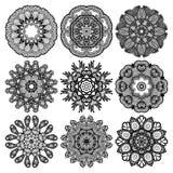 Cirkelprydnaden, den dekorativa rundan snör åt samlingen Royaltyfri Bild