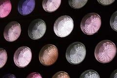 Cirklar exponeringsglas, glass behållare, kulört exponeringsglas, abstrakt begrepp, runda, cirkel, textur, rosa färg Fotografering för Bildbyråer