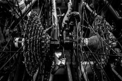 Cirklar på en mountainbike Royaltyfri Foto