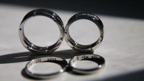 cirklar två som gifta sig arkivfilmer
