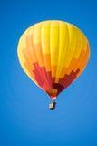 cirkus för luftballongbealton som flyger den varma photgrphed showen va Royaltyfria Bilder